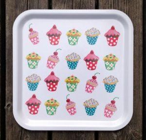 Bricka, Cupcakes-0